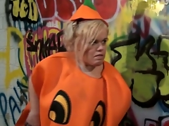 Blonde teeny-weeny in pumpkin get-up gets all slutty with a randy dude